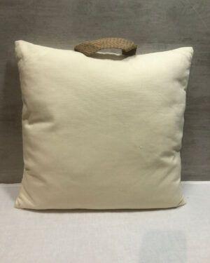 Cojín de lino color beige