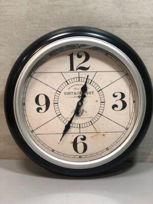 Reloj Metal Color Plata 40cm